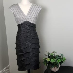 Adrianna Papell | Gray Tiered Ruffle Dress | Sz 4